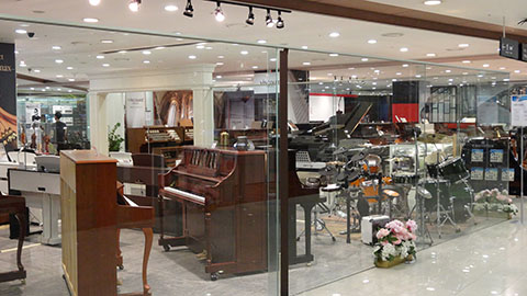 DSC03416_480x270-YongSan-iPark-Mall-Musical-instruments-Korea-Tech-BLog