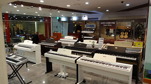 DSC03423_480x270-YongSan-iPark-Mall-Electronic-KeyBoard-Store-Korea-Tech-BLog