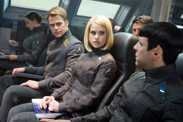 star_trek_darkness_review630